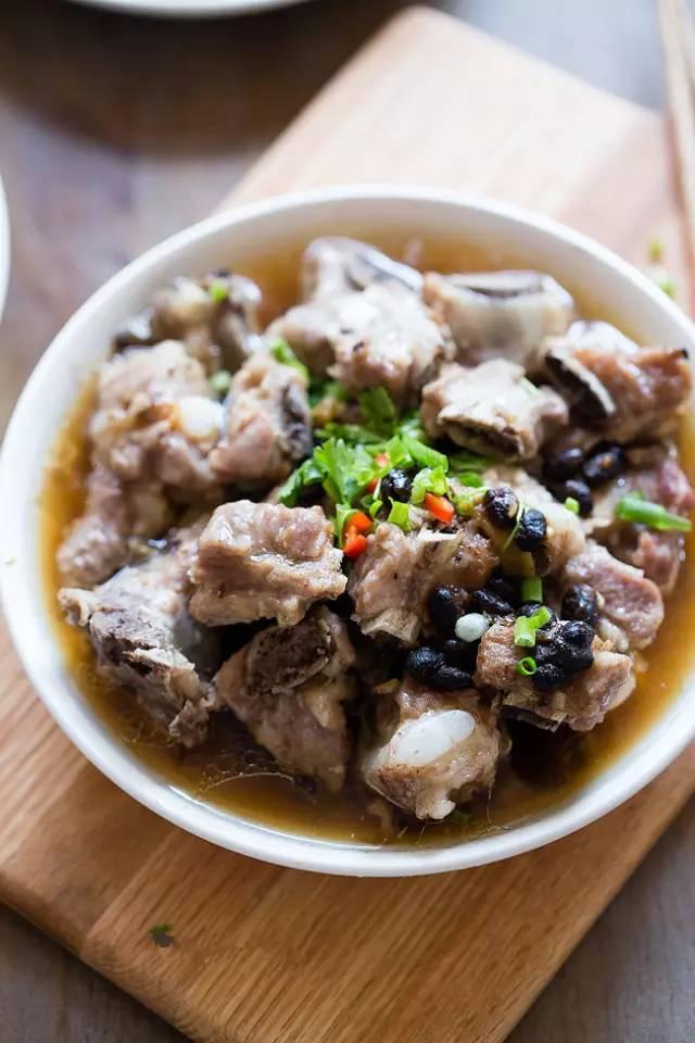 排骨只会清水煮?学会这么做,好吃的连汤都不想放过!