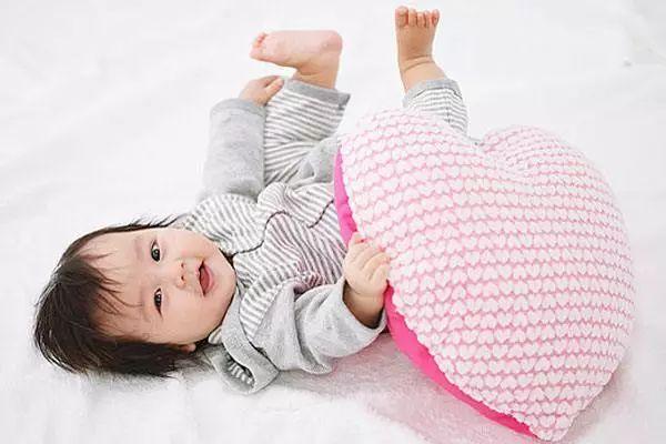 宝宝睡觉总不安稳?应对方法在这里!