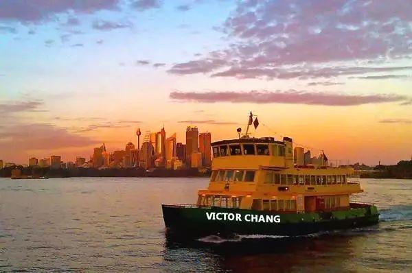 """""""本世纪最伟大的澳洲人"""",为什么是一个华人?他完成澳洲医学史上关键一步,却离奇离世"""