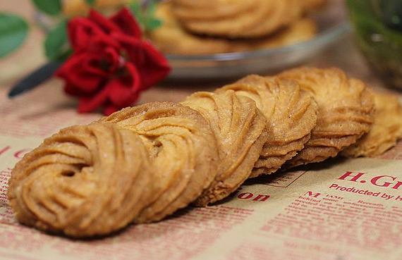 这么漂亮的甜品你会吃,可你会做吗?