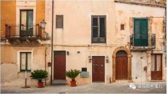 一套房1欧元!为了不让小镇变鬼城,西西里岛小镇决定跳楼价卖房