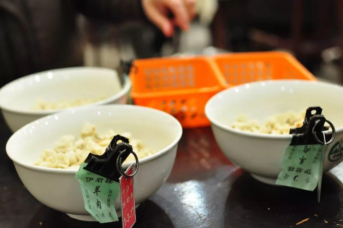 《那年花开》中让孙俪欲罢不能的陕西美食,我特意去吃了一圈,却恨胃不够用!