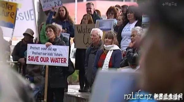 卖了空气之后 中国公司要将新西兰的水卖往中国,结果闹大了!
