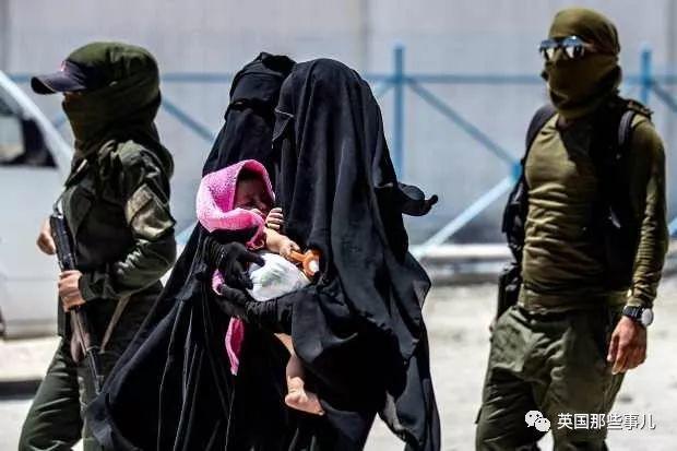ISIS英國成員的子女被困戰區,英政府:讓他們聽天由命…