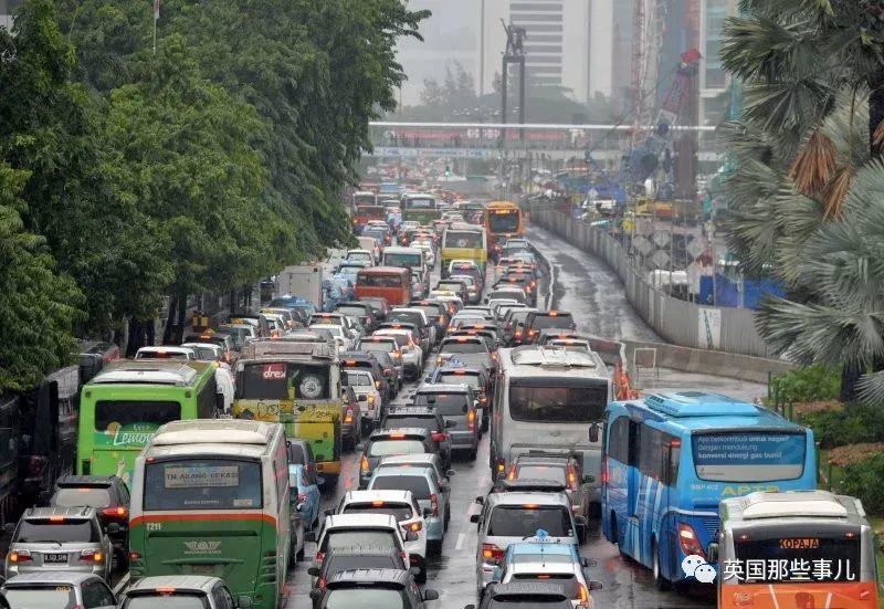 堵死, 淹死, 涝死...印尼又要迁都,雅加达是真的待不下去了..