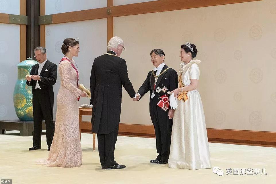 一场天皇即位大典,全世界的王室成员居然都来了秀了一把!