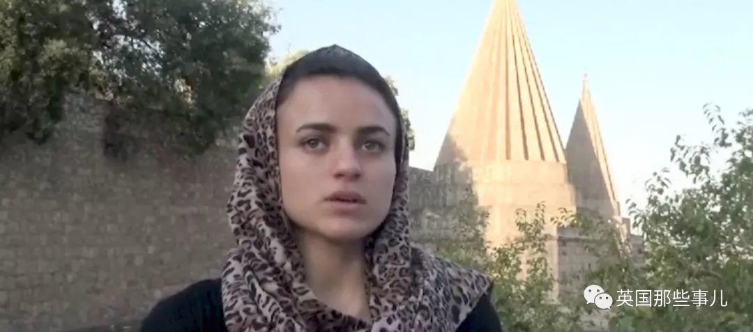 曾被IS俘作性奴的女孩如今当面质问罪犯,每一句话都让人心碎