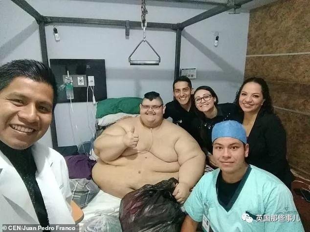 世界最胖男子成功减掉660斤…曾重达半吨多的他,过得太不容易