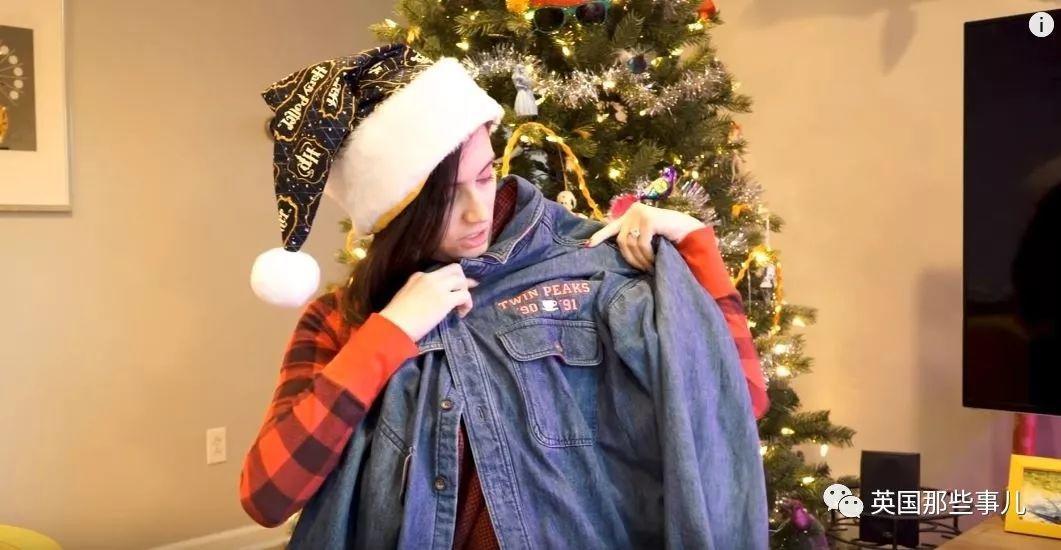 陌生网友圣诞互换礼物,这妹子今年收到比尔盖茨的大礼包,我恰柠檬…