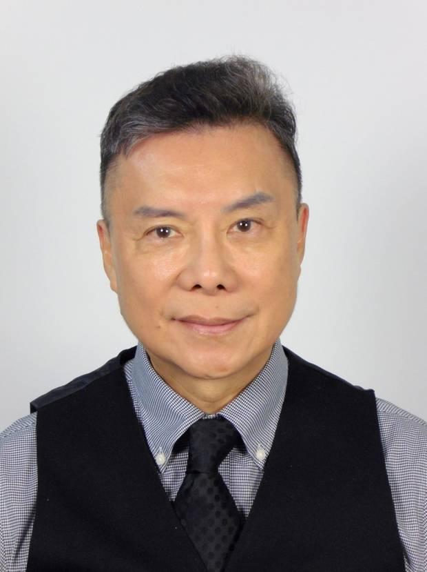 约翰·陈(John Chen)说,期望学生宿舍自己隔离可能感染致命冠状病毒的学生是荒谬的。