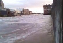马塔乌拉河(Mataura River)发生洪水,当局下令居民撤离。