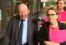 新西兰百万富翁罗恩·布里埃里爵士(Sir Ron Brierley)面临儿童色情指控