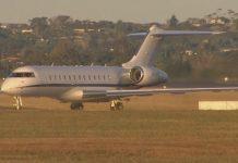 从钻石公主号游轮上载回六名新西兰人的飞机已经抵达奥克兰。