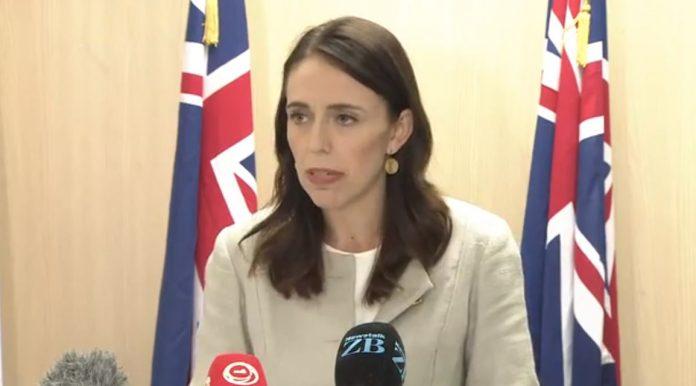 新西兰总理雅辛达·阿尔登(Jacinda Ardern)宣布新边境措施。