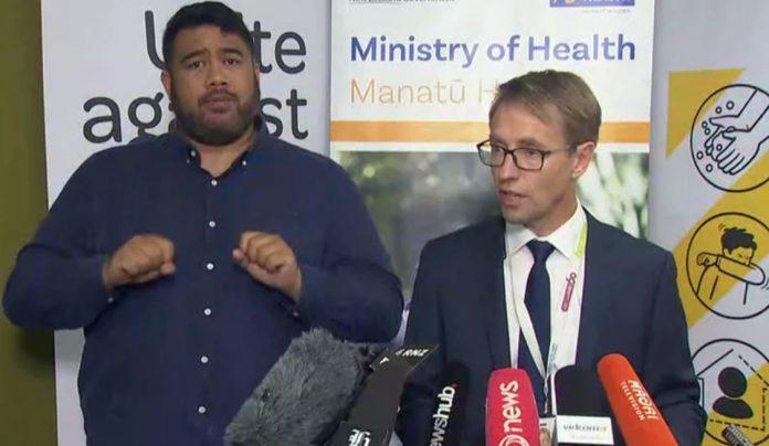 卫生总干事Ashley Bloomfield说,所有案件都是从海外输入新西兰的。