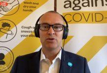 新西兰卫生部长David Clark违反了封锁规定。