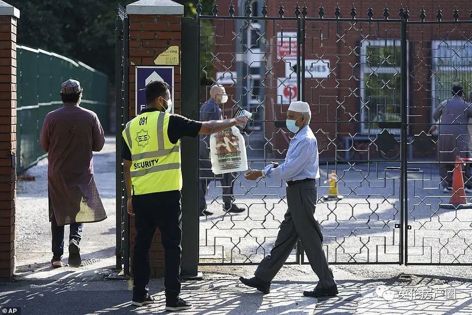 刚刚,英国紧急叫停解封进程!大曼城突然加强封锁,450万人受到影响!